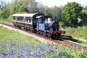 Bluebell Railway - Sm Engine & Ob Car